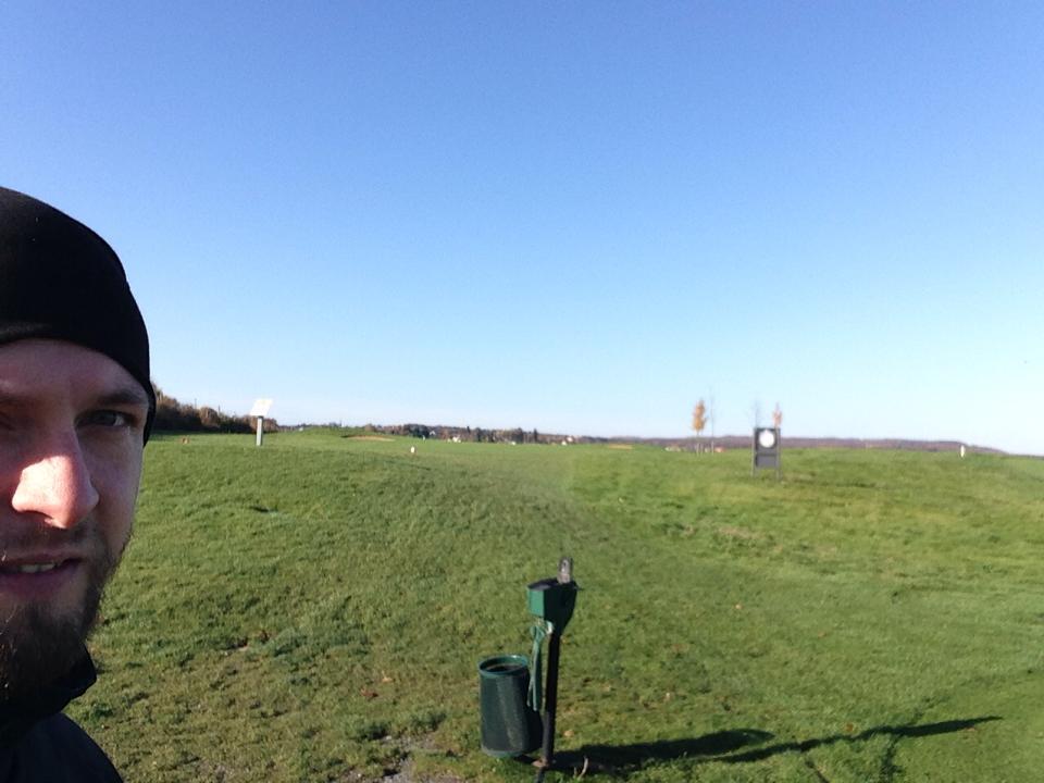Hab mich spontan für ein Turnier heute angemeldet. Top Golfwetter :)