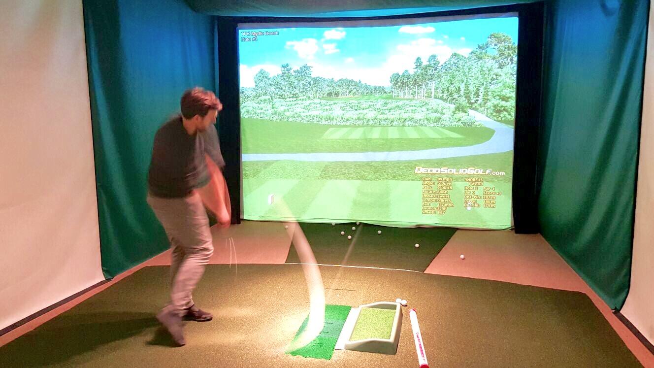 Mein alter Golfschwung im Simulator